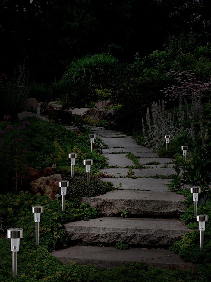 10 LED-solcellslampor för trädgården