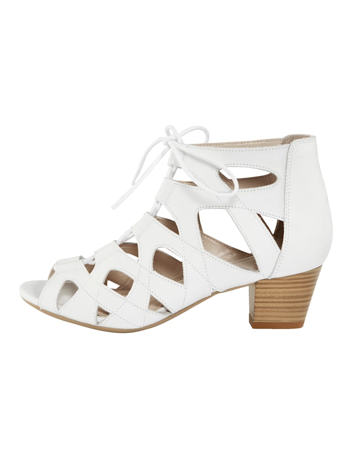 Sandaaltje in luchtig en elegant model