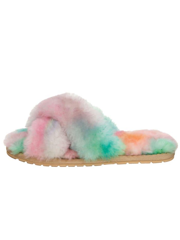 Muiltje met lamsvacht in pastelkleuren
