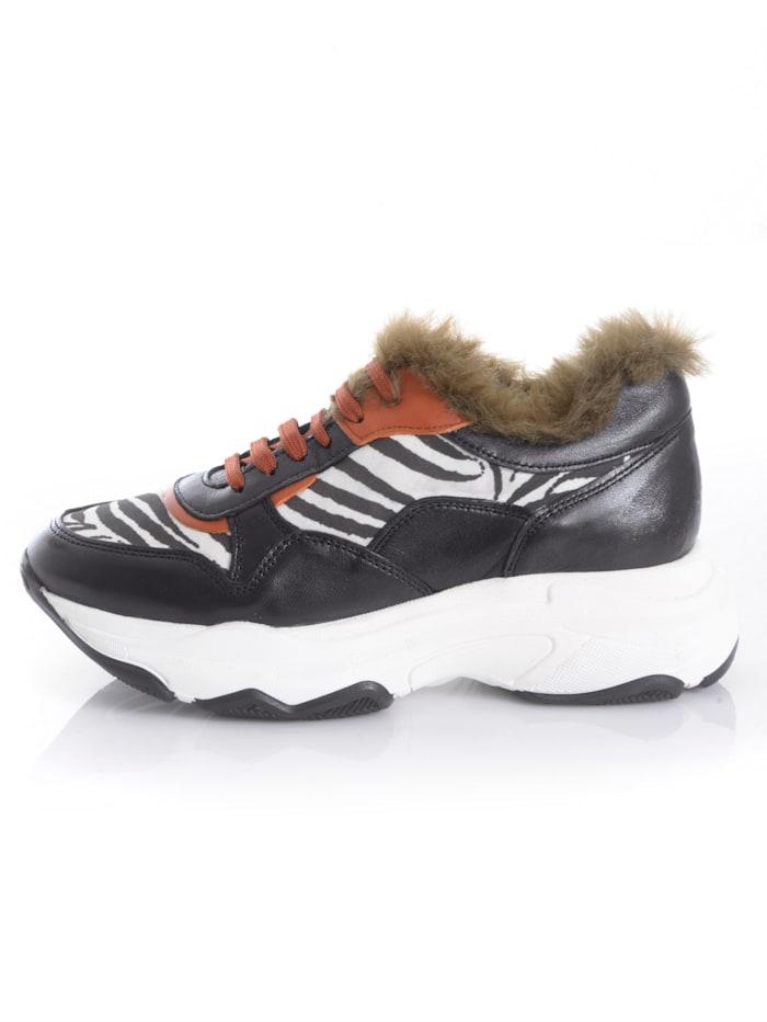Sneaker mit Fake-Fur-Einsatz