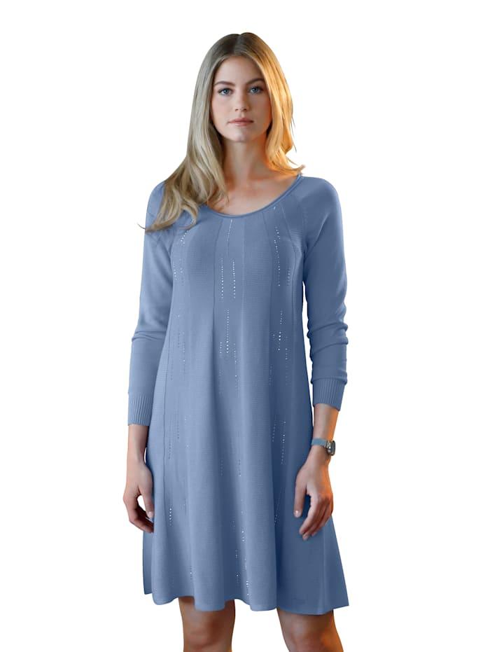 Stickad klänning med strass