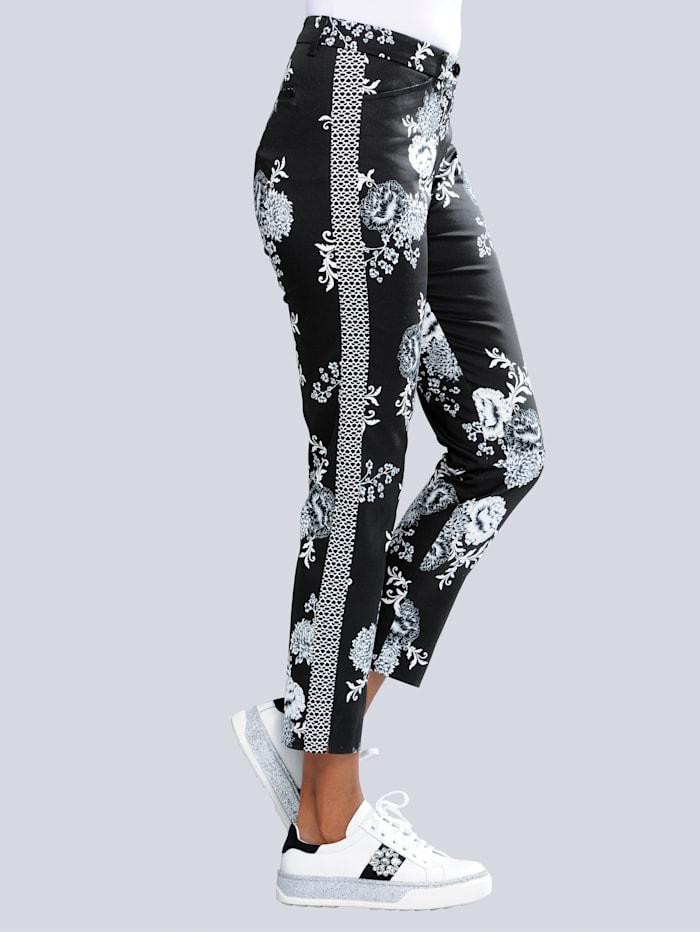 Kukkakuvioiset housut