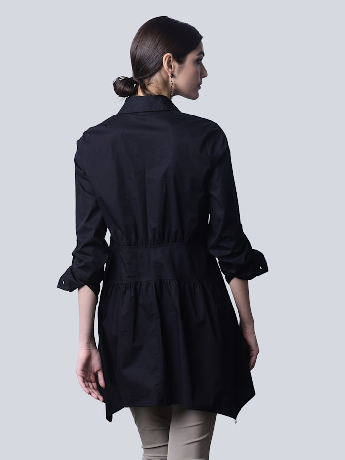 Bluse in angesagter Longform