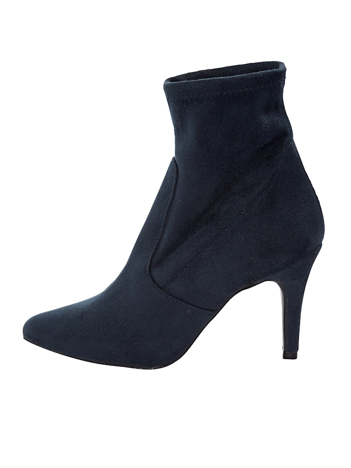 Stretch ankle boots In a fashionable look