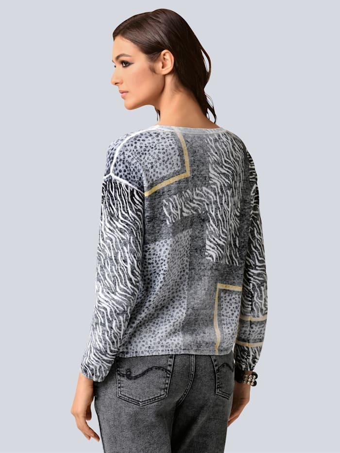 Pullover im exklusiven Dessin