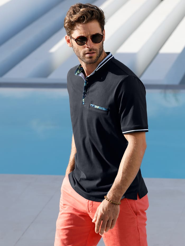 Shirt mit modischem Stehkragen in Doppeloptik
