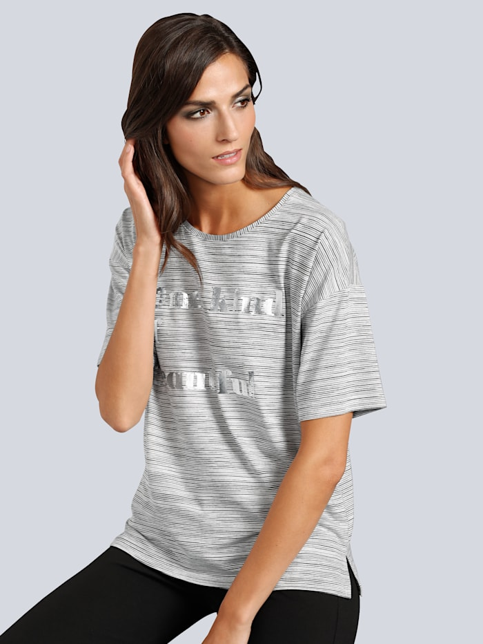 T-Shirt in feinen Nadelstreifen
