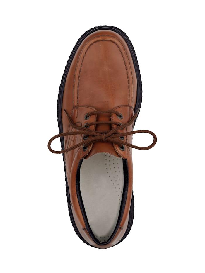 Šněrovací obuv v klasickém vzhledu