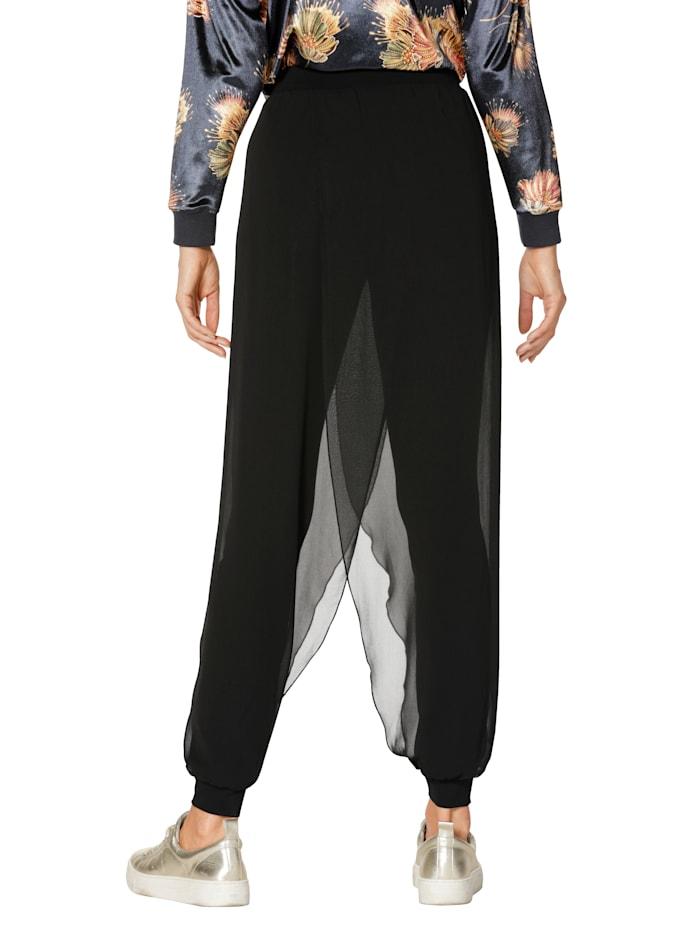 Haremshose im modischen Style
