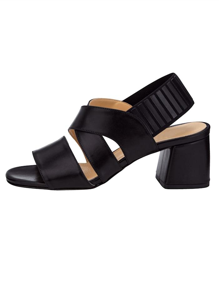 Sandale mit elastischem Fersenriemchen