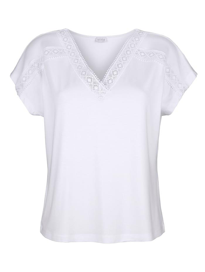 Shirt mit zierender Spitze