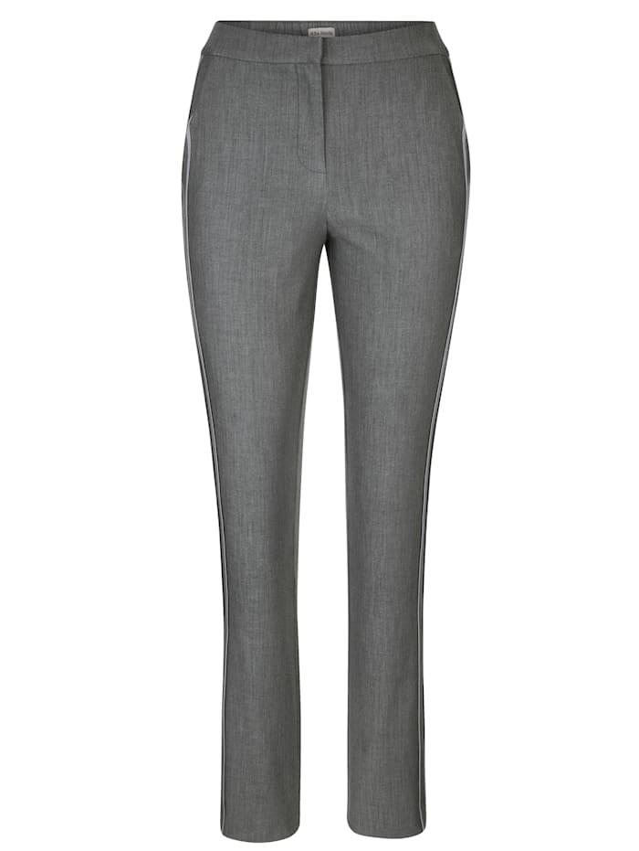 Pantalon de coloris facile à coordonner