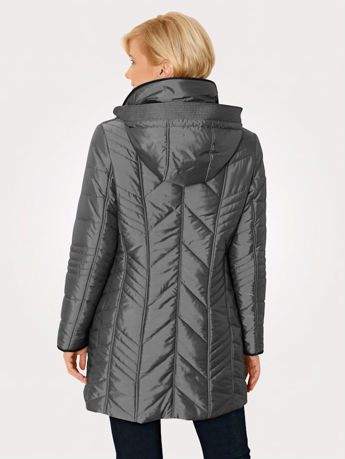 Quilted jacket with a subtle shimmer