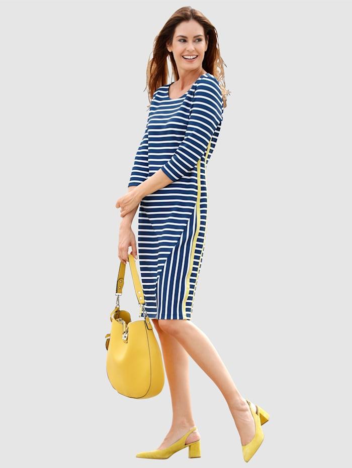 Kleid in Romanit-Qualität