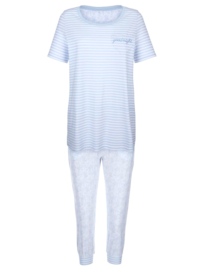 Pyjamas in a chic print