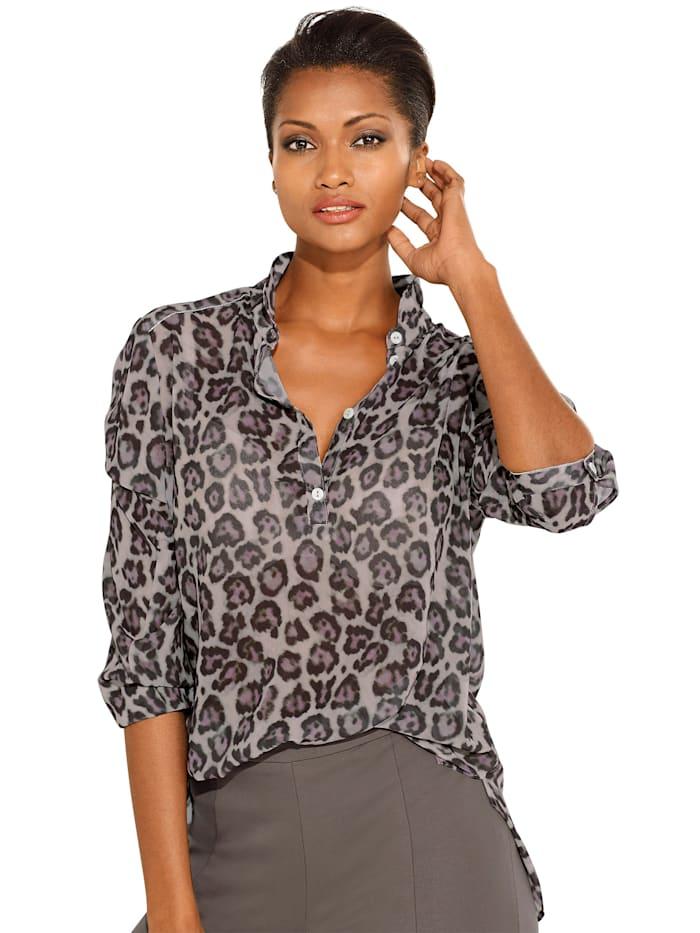 Print blouse In harmonious colouring