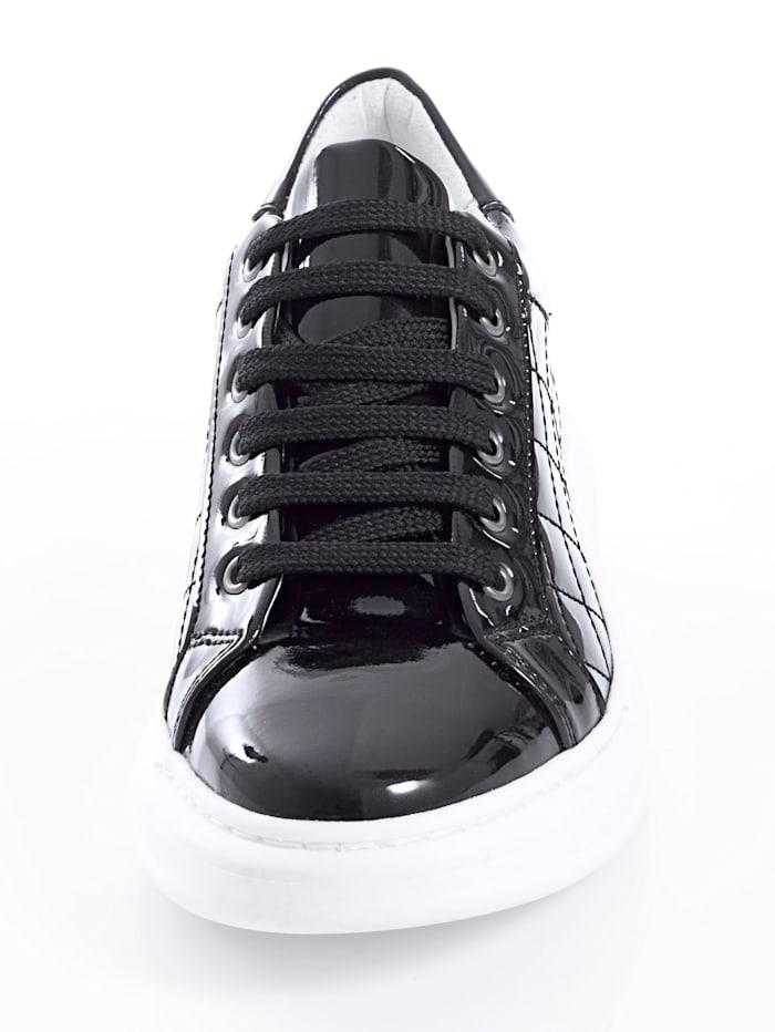 Sneaker mit neu interpretierter Sohle