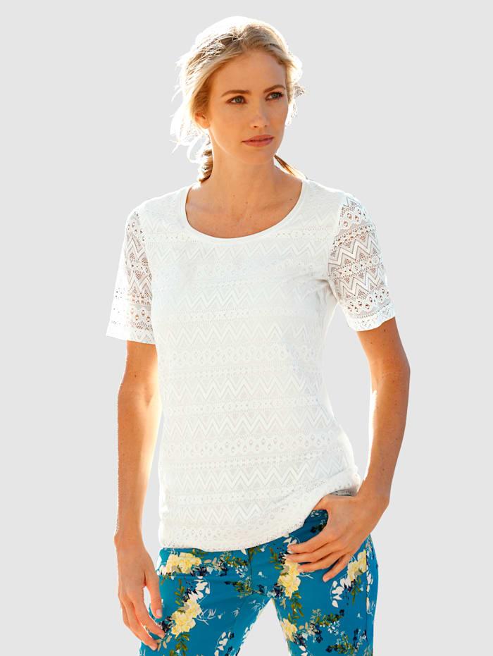 Čipkové tričko v letných farbách