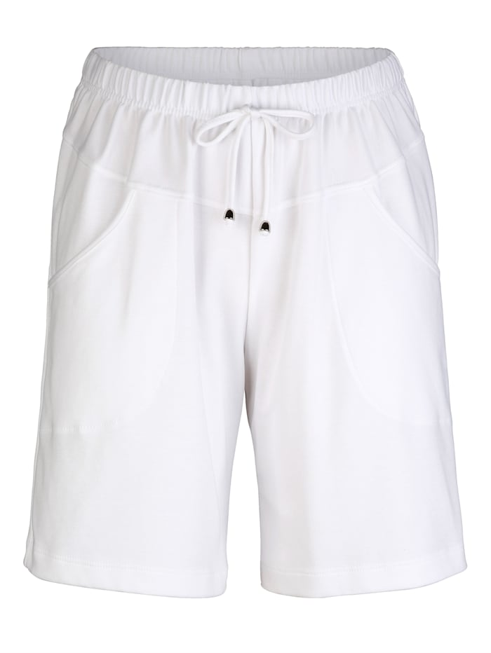 Maritim Shorts in a knee length design, White