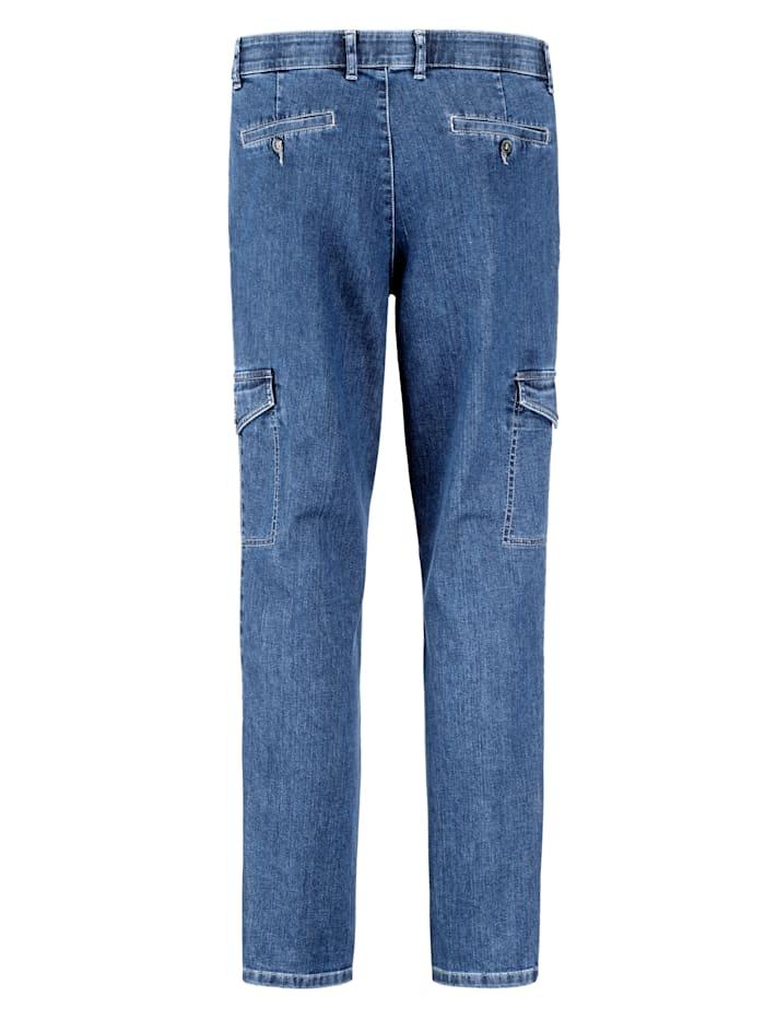 Jeans med många praktiska fickor