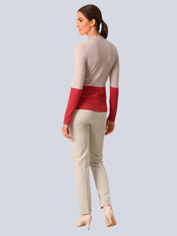 Pullover im modischen Colourblocking