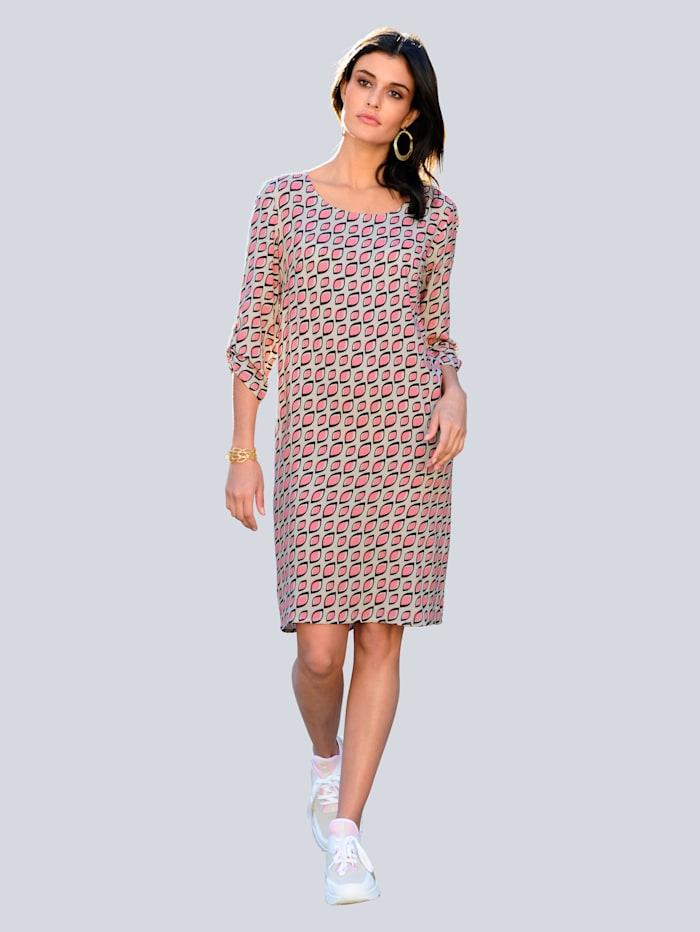 Kleid im neu designtem Alloverdruck