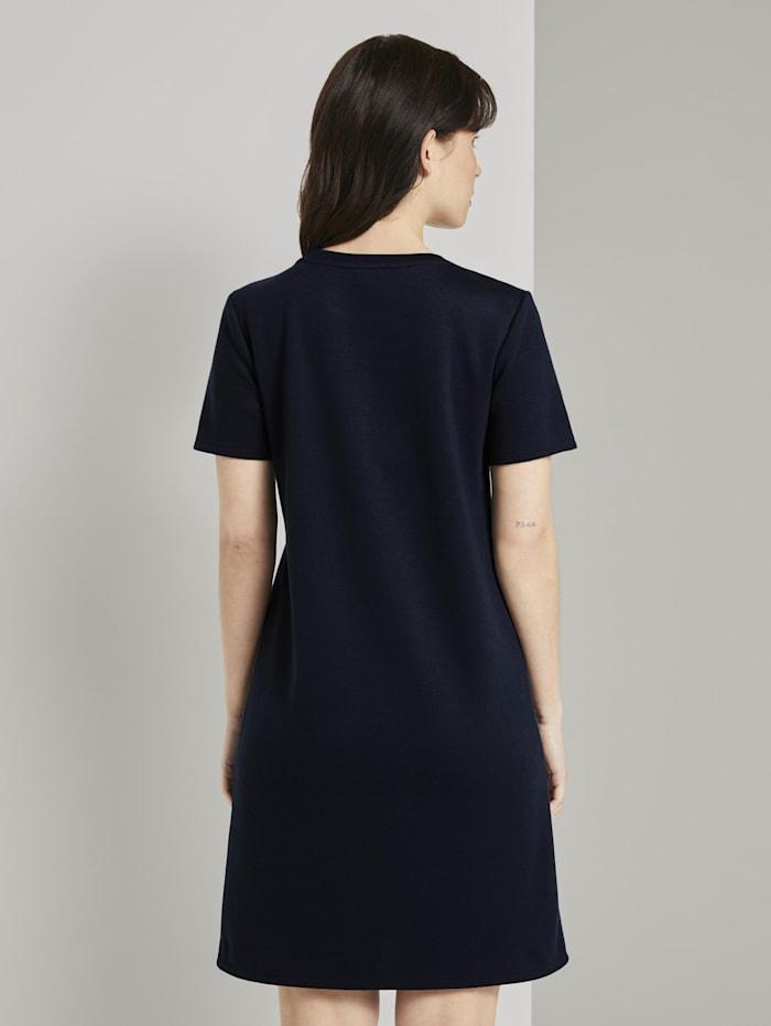 Kurzarm-Kleid mit Taschen