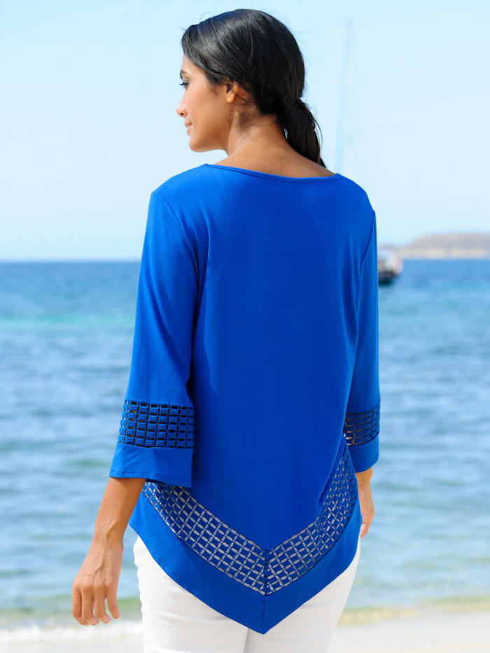 Strandshirt mit spitzem Saum