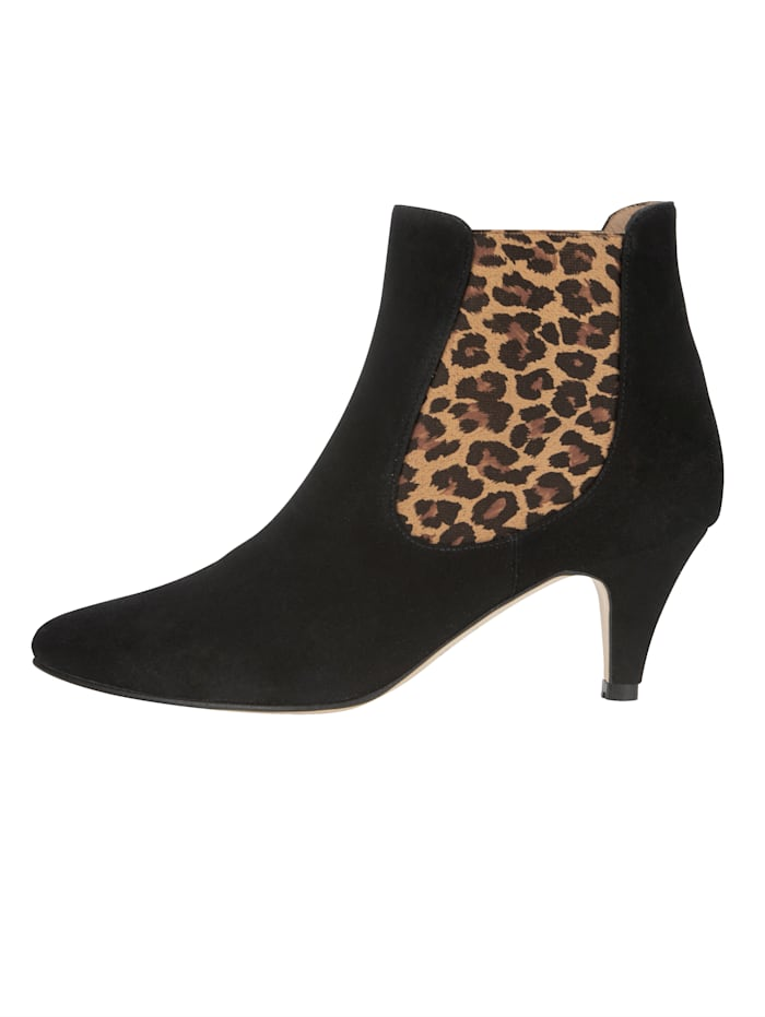 Stiefelette in modischem Leo-Look