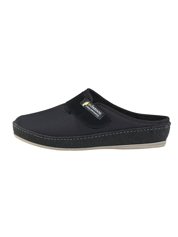 Pantofle zpružného textilního materiálu