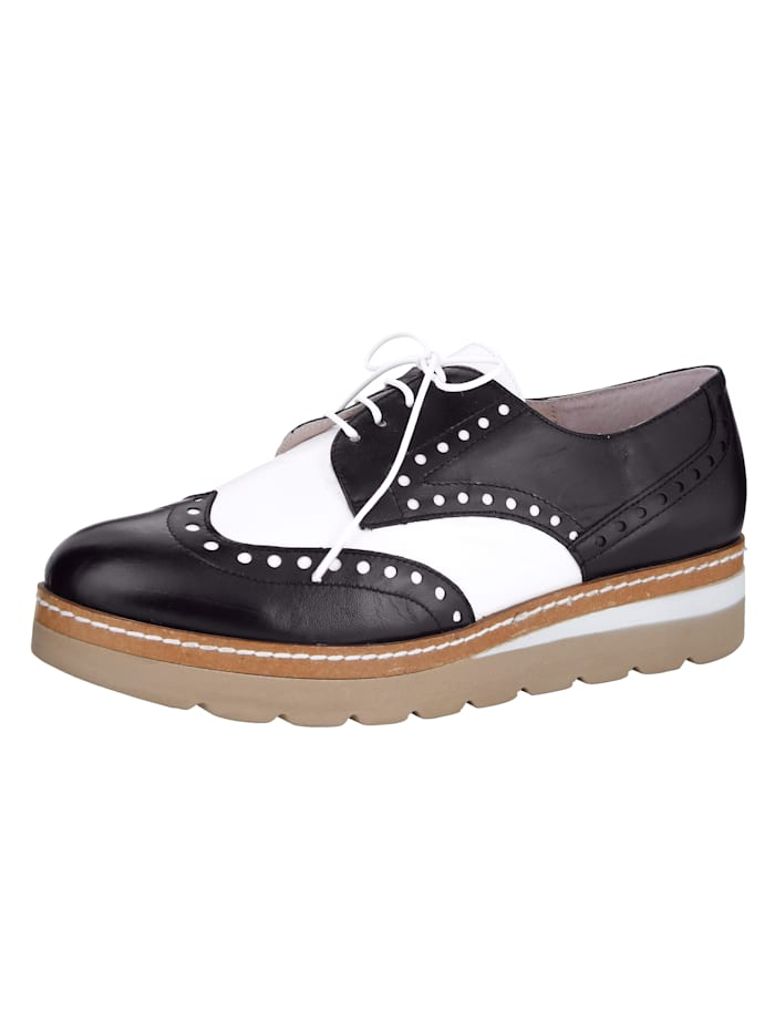 Lace-up shoe High-quality leather