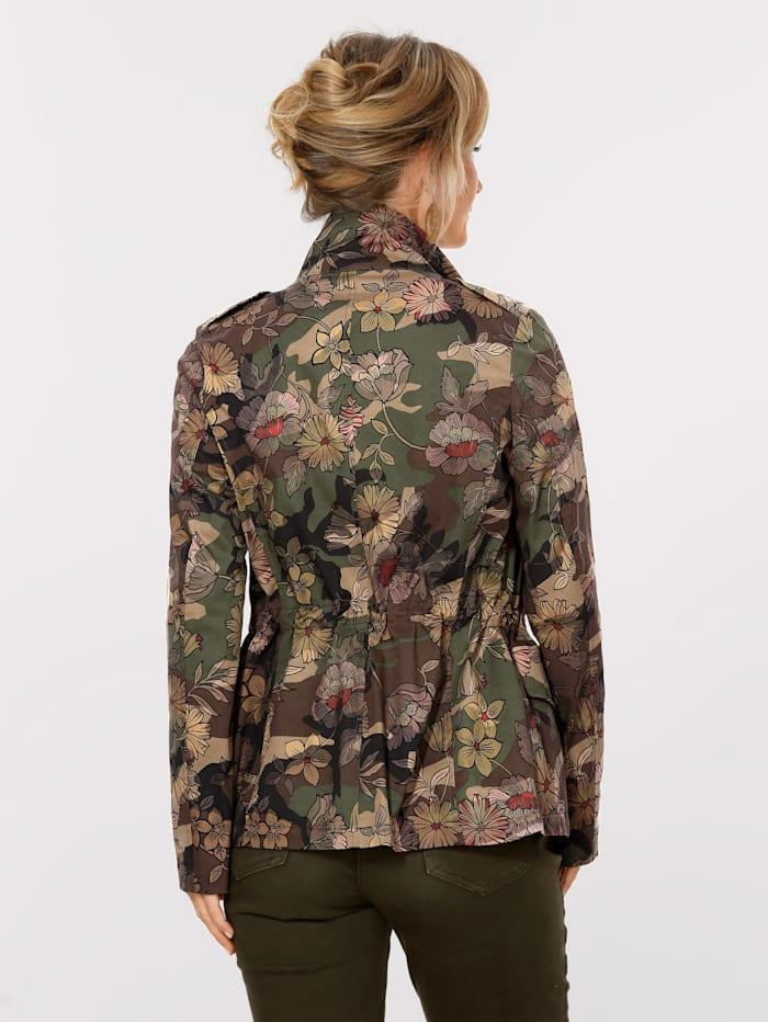 Jas met trendy camouflagebloemenprint