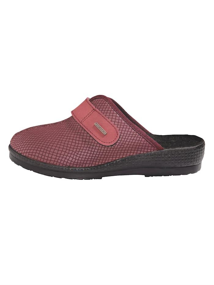 Nazouvací obuv z pohodlného strečového materiálu