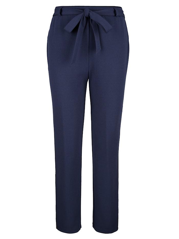 Kalhoty s dekorativním pásem