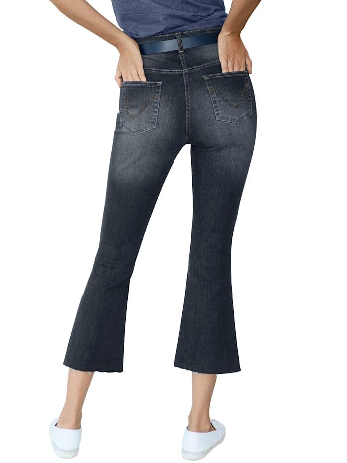 Jeans in verkürzter Form