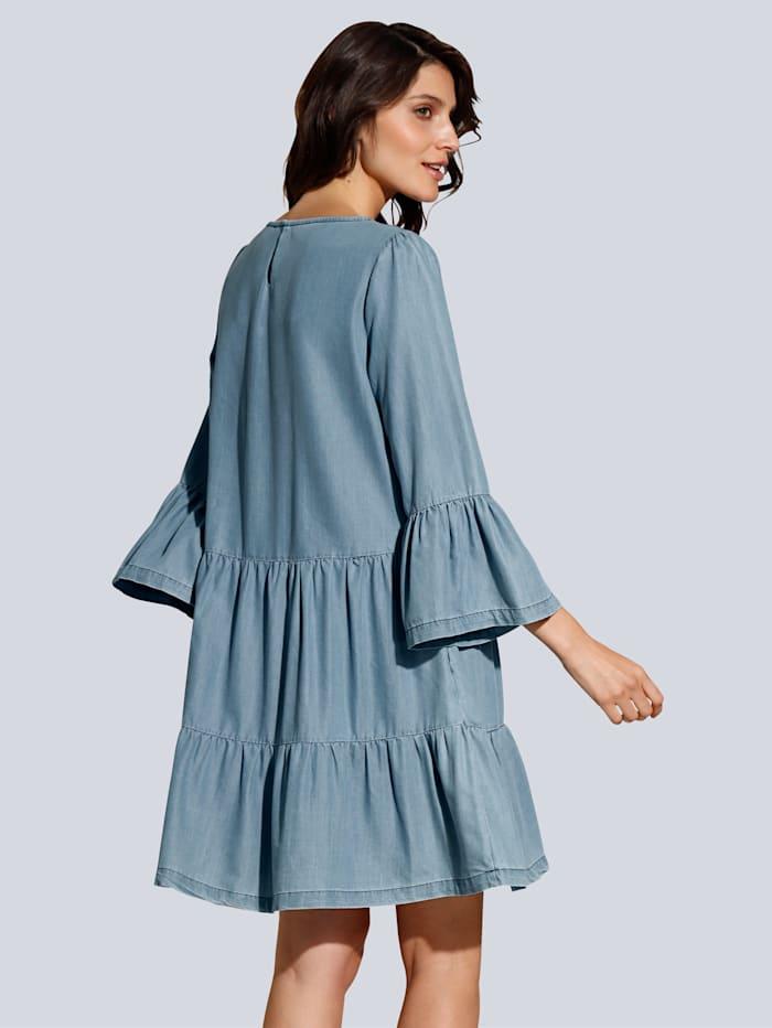 Kleid aus fließender Qualität