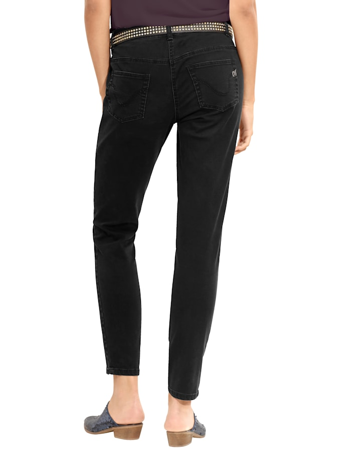 Jeans met stervormige cut-outs