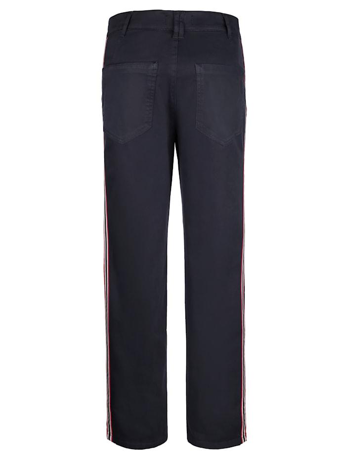 Pantalon chino à galon rayé