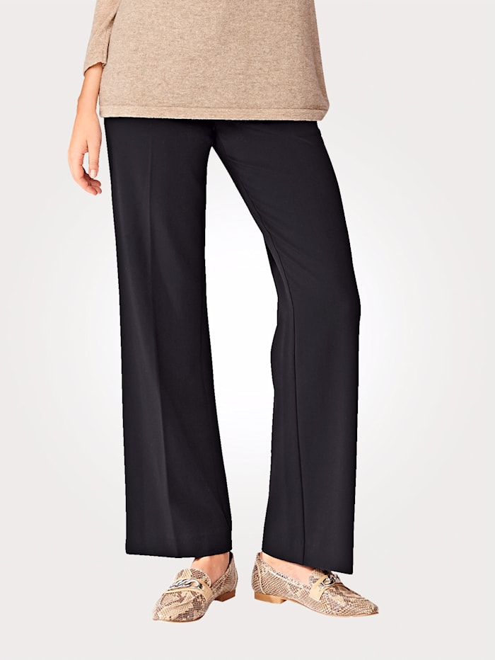 Ultimate classic leg trousers with slimming effect