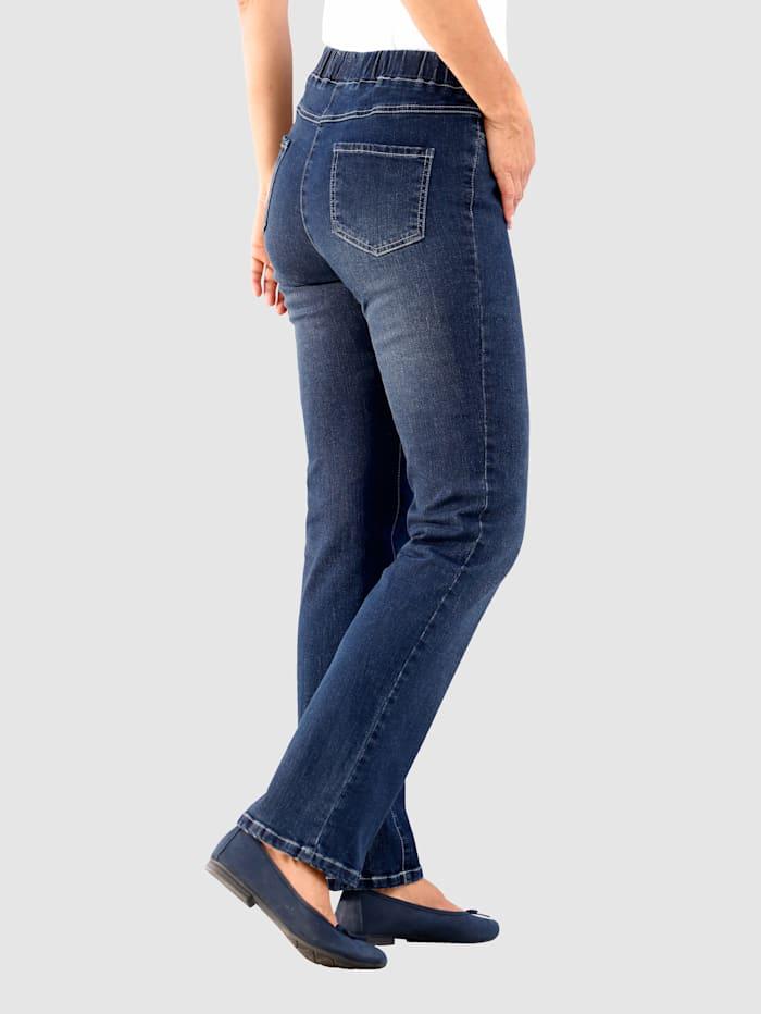 Jeans in Lotta Straight model