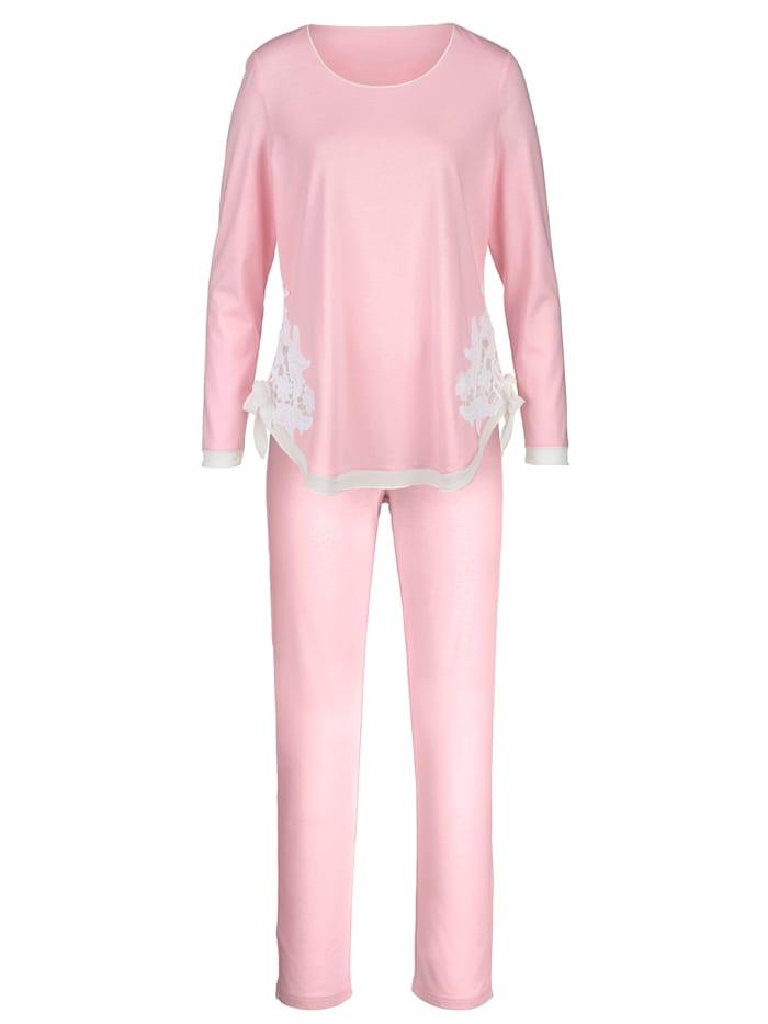 Pyjamas with elegant chiffon insert