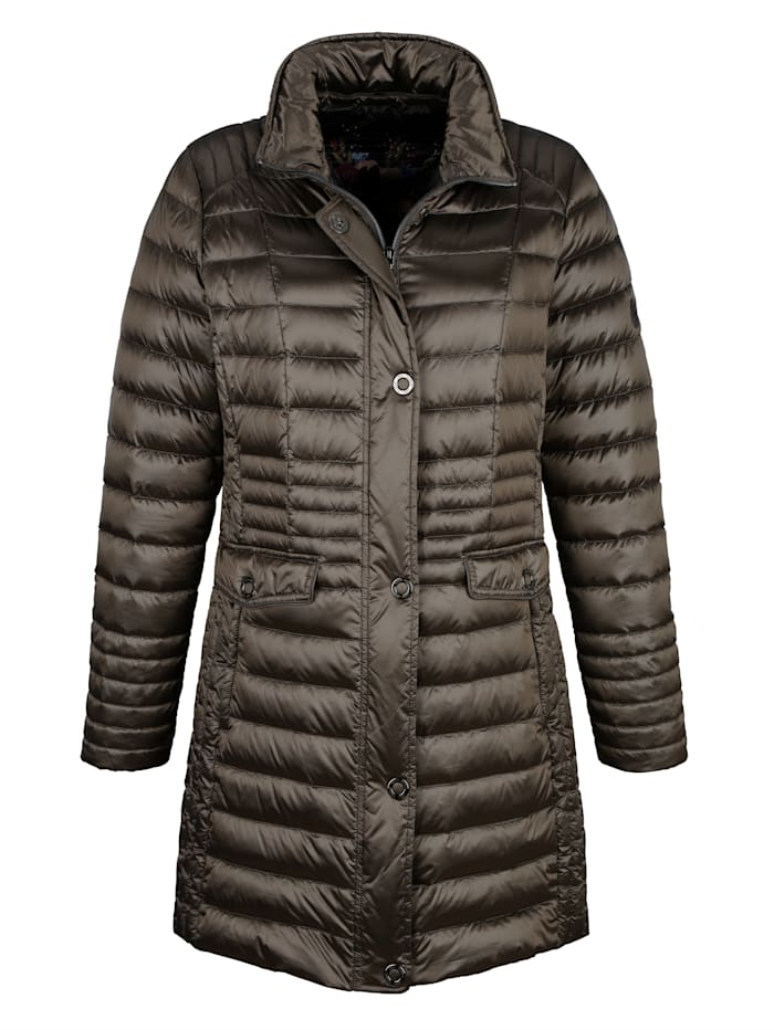 Light down jacket in a relaxed cut