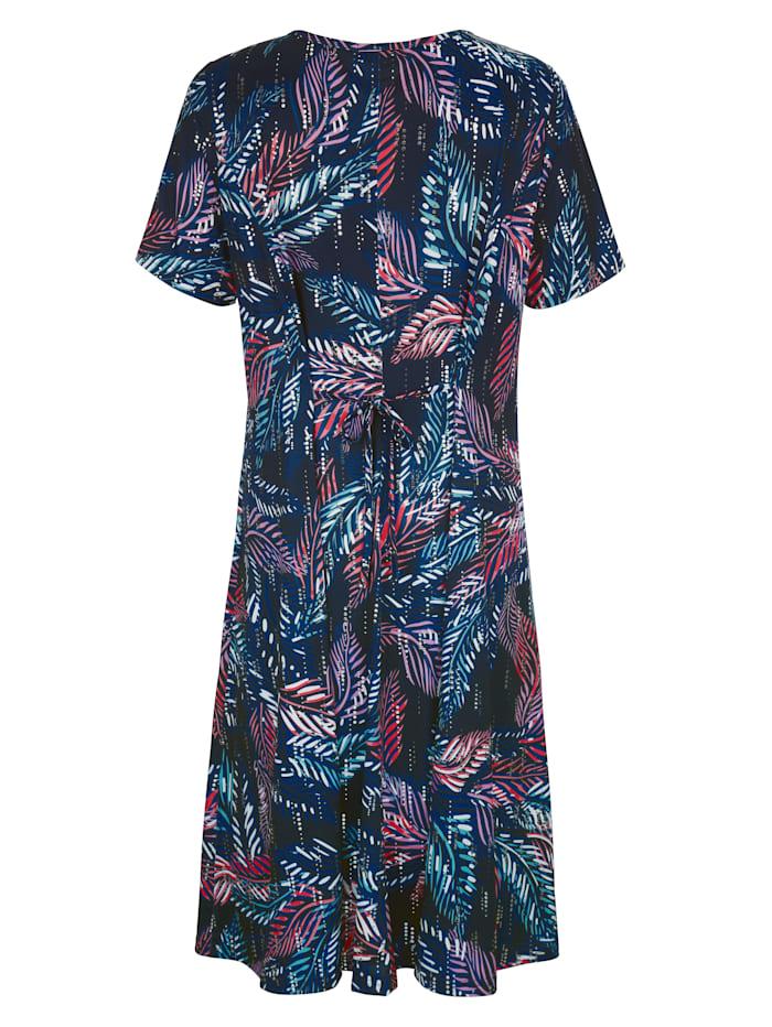 Lehväkuvioitu mekko