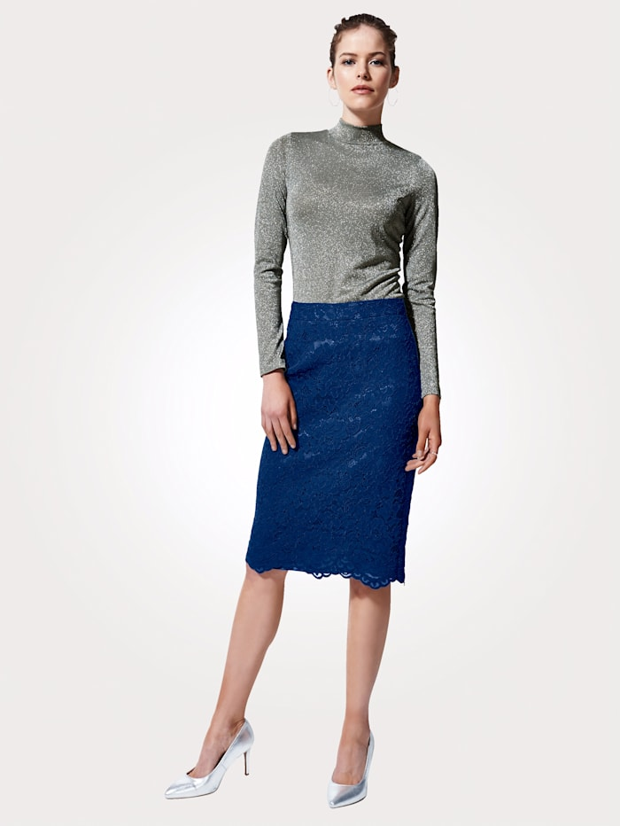 Artigiano Lace pencil skirt with an elegant scalloped hem, Navy