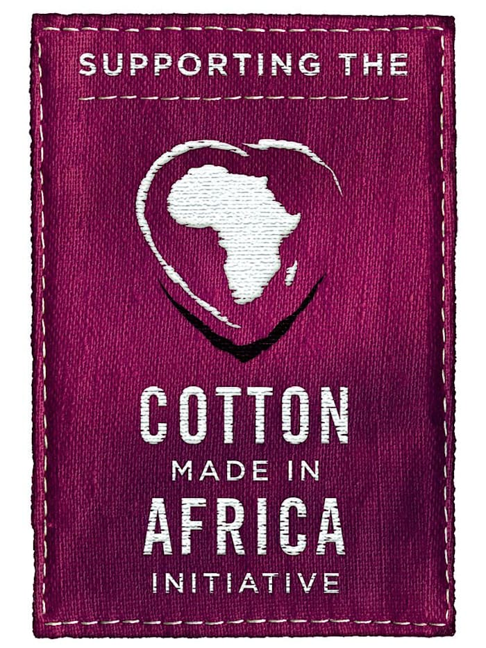 Badjas uit de 'Cotton made in Africa'-collectie
