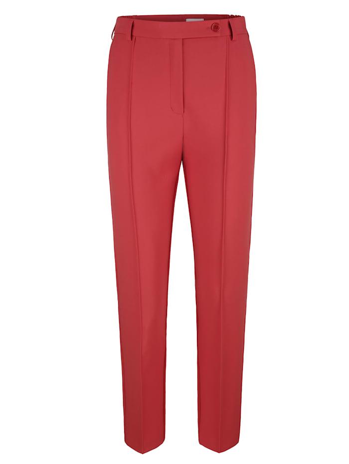 Pantalon à plis marqués