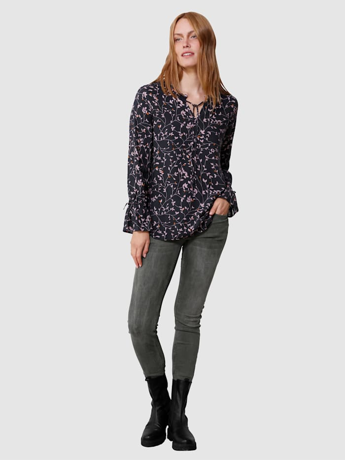 Bluse in floralem Muster