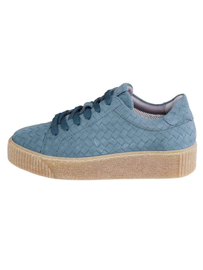 Sneakers i flätad look
