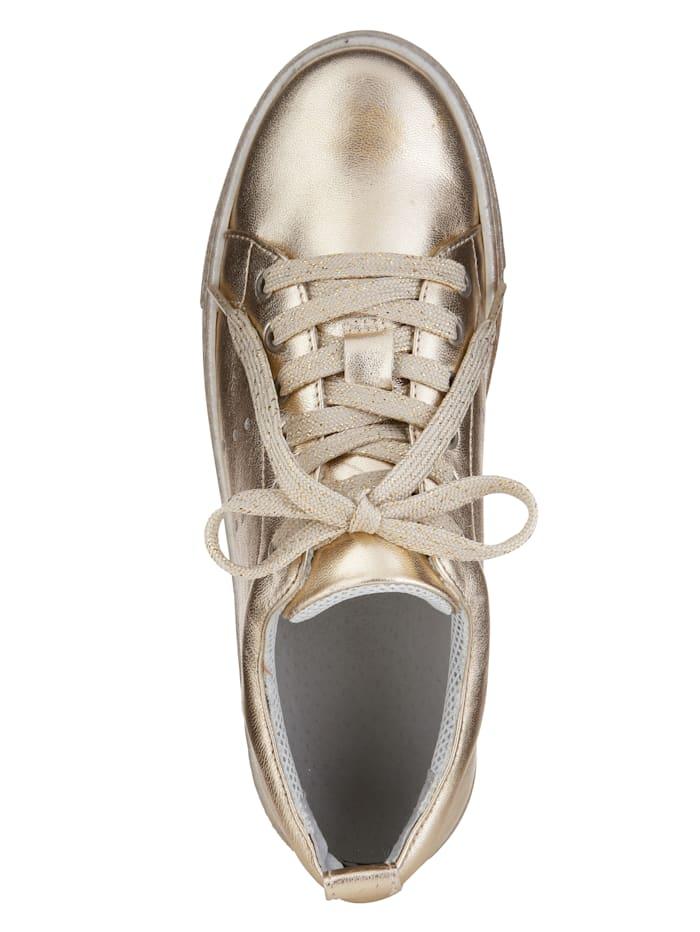 Plateau sneaker obuv v modernom metalickom vzhľade