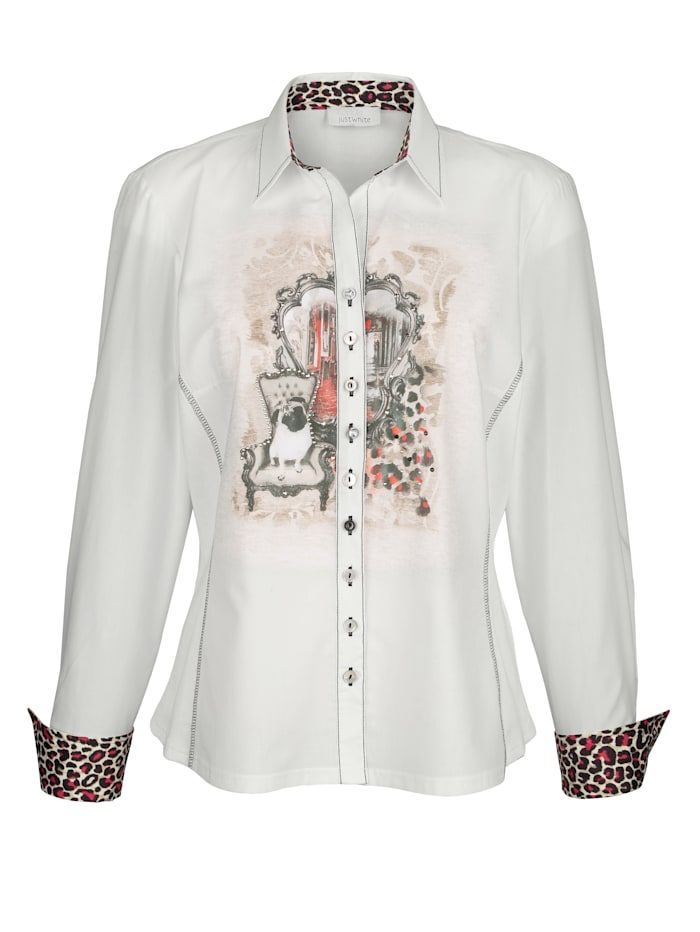 Blouse With a gorgeous placed print